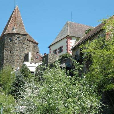 Zwettl_Stadtmauer_Antonturm